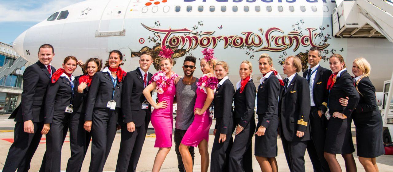 Internacional: Tomorrowland despliega sus alas con su nuevo transporte.