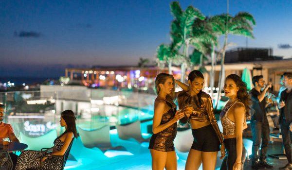 Gig: NYE 2019 en Playa del Carmen con Nelly en Thompson Hotel.