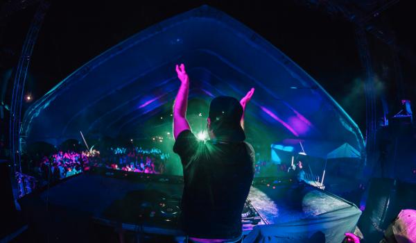 DJ Charlie Atom representando la escena mexicana en China